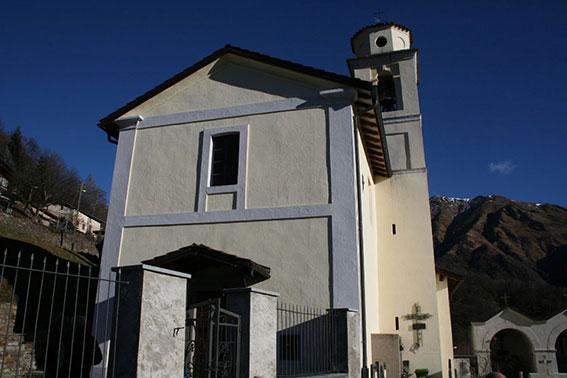 Aussenaufnahme-KircheS
